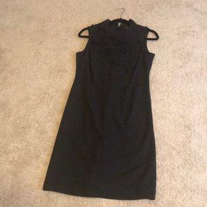 Adrienne Vittadini gray dress w/black ruffled neck